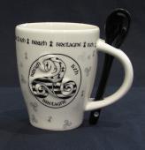 mug triskell relief avec cuillère