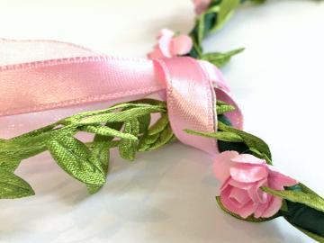 Couronne de fleurs, rose