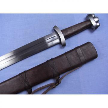 Epée de frappe viking avec fourreau en cuir avec suspentes de ceinturon