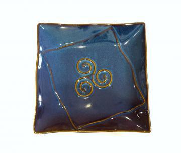 assiette plate dessert bleue bretonne triskell grès véritable 21x 21cm